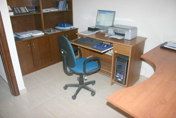 bedroom 4-study room