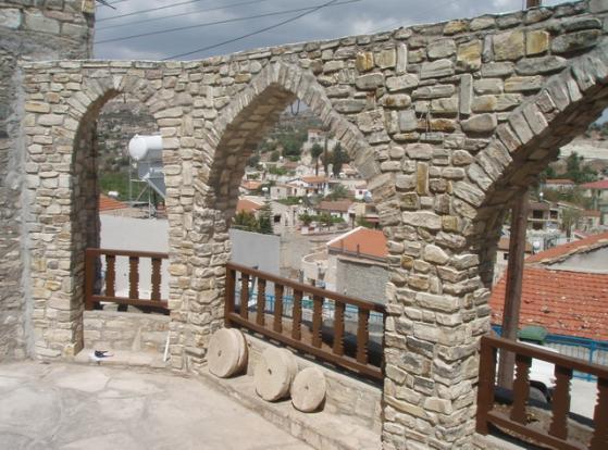 Traditional stone ar