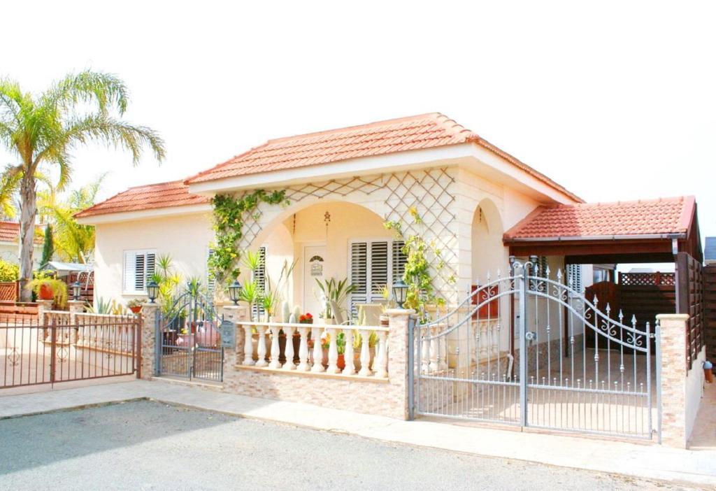 Famagusta Bungalow for sale