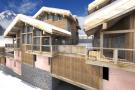 6 bed Chalet for sale in St-Martin-de-Belleville...