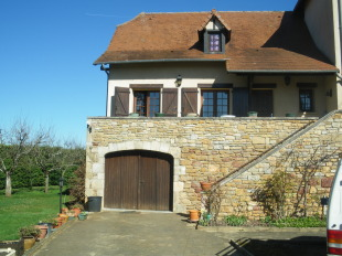 3 bed home for sale in Midi-Pyr�n�es, Aveyron...