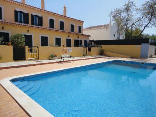 2 bed home in Algoz, Silves, Algarve...