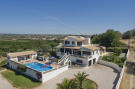 4 bedroom house in PORCHES, Lagoa (Algarve)...