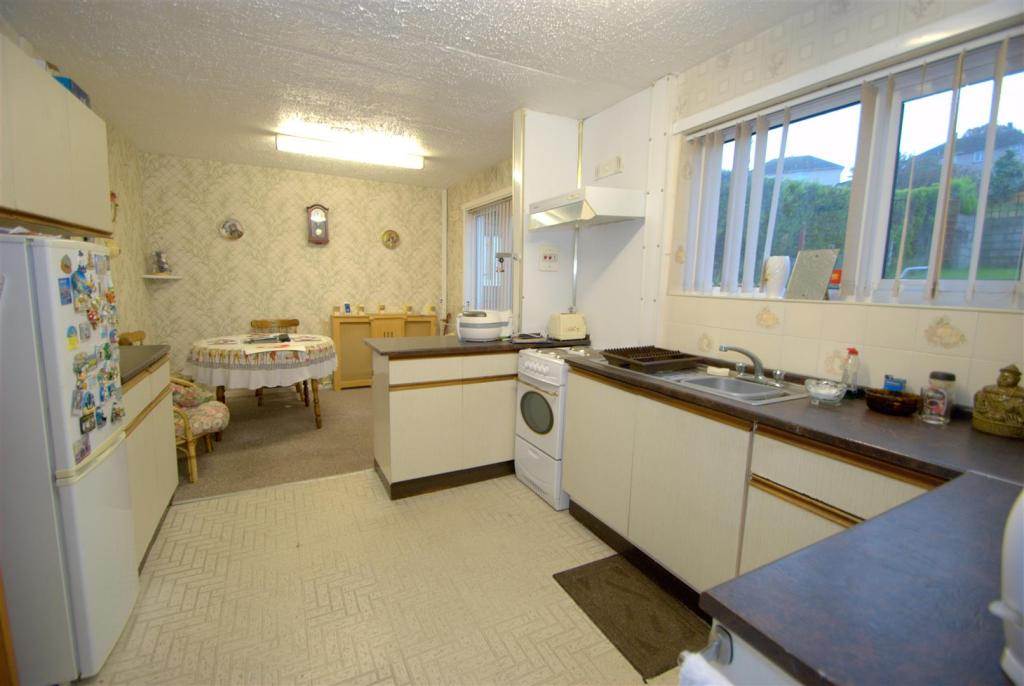 Kitchen A.NEF.jpg