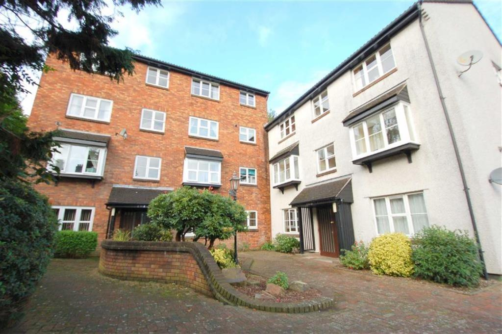 1 Bedroom Apartment For Sale In Portland Court Plymouth Devon Pl1