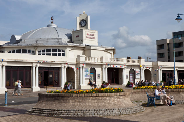 Properties For Sale Middleton Court Porthcawl