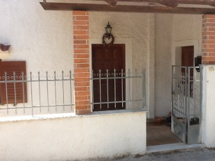 4 bedroom Detached property for sale in Evvoia, Styra
