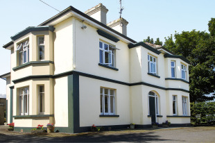 Detached house in Mayo, Killala