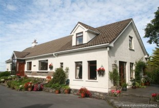 6 bed Detached house in Galway, Corcullen