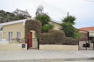 Bungalow for sale in Tala, Paphos, Cyprus