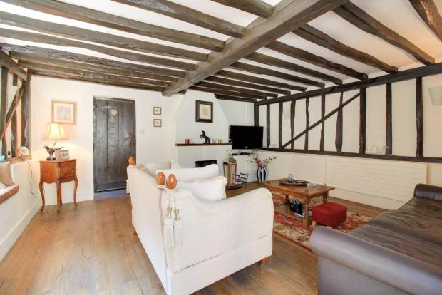 Oast Cottage 72dpi-1