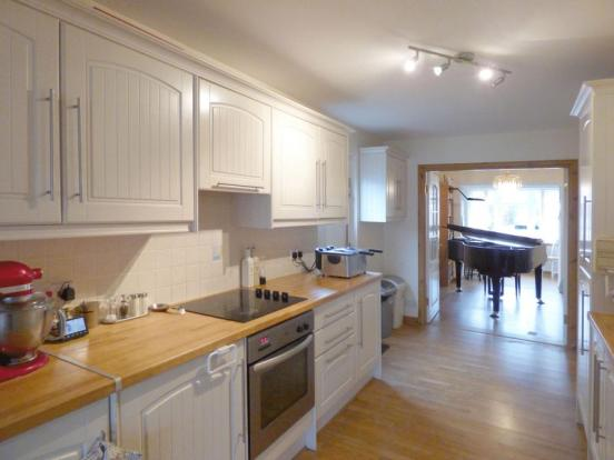 Kitchen>Mus...