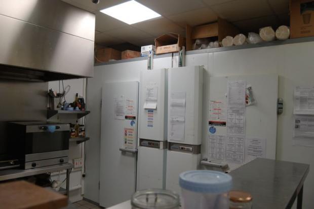 Kitchen/refrid...