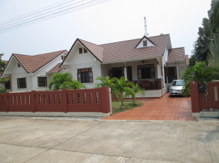Detached Bungalow for sale in Pran Buri