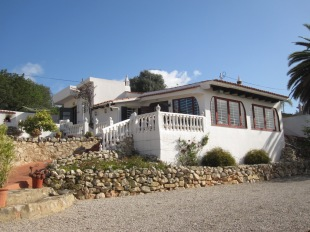 2 bedroom Villa in Algarve, Almancil