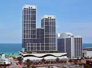 1 bedroom Flat for sale in Florida...