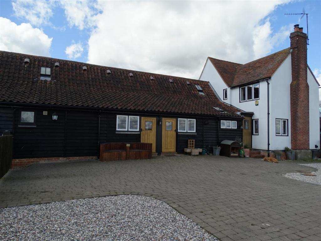 3 bedroom barn conversion for sale in the cottage new for 3 bedroom barn house