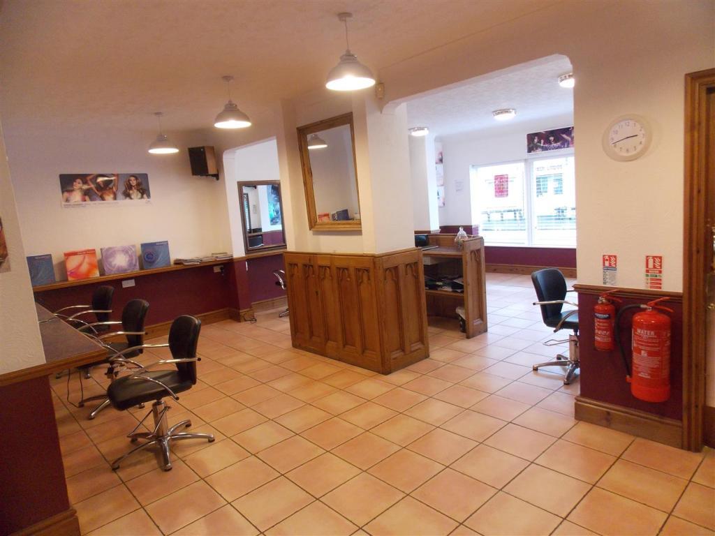 Salon/Retail Area