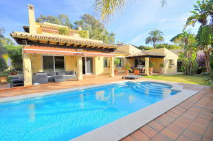 Villa for sale in Costa del Sol, Marbella...