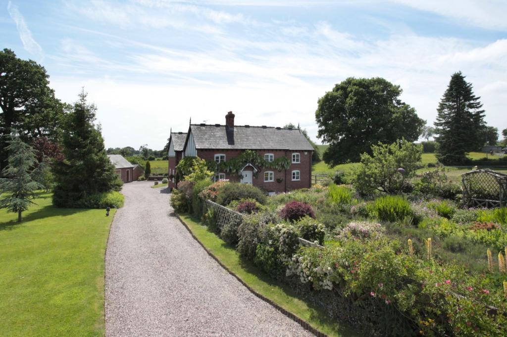 Gardens And Paddocks