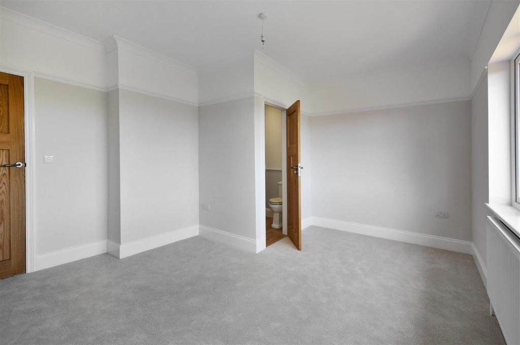 QUinta-Bedroom3-02-H