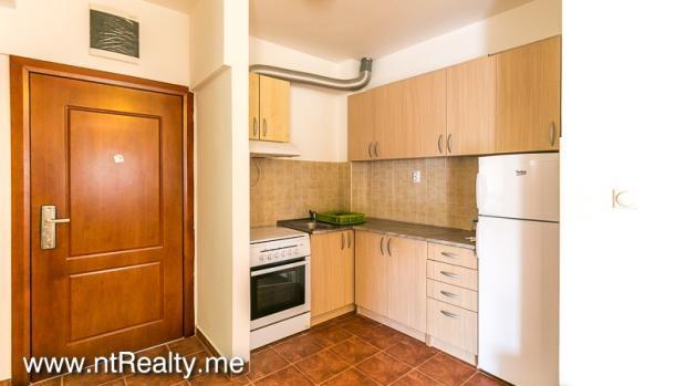 Apartment 238-5