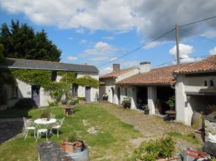 Country House for sale in Pays de la Loire...