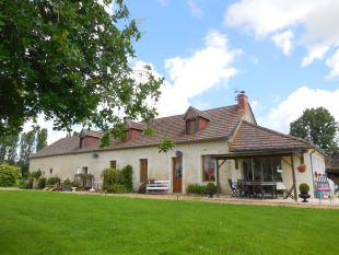 Character Property for sale in Auverse, Maine-et-Loire...