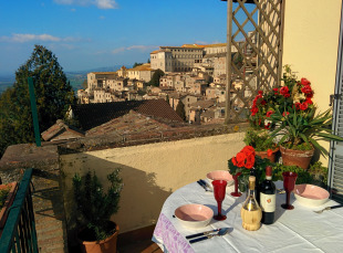 Penthouse in Umbria, Perugia, Todi