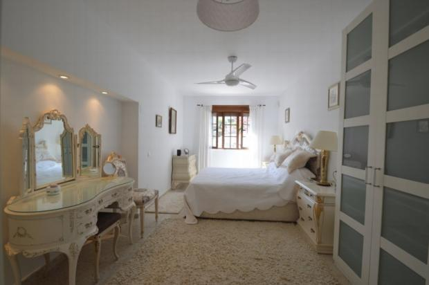 Main bedroom2