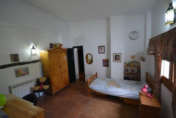 Bedroom nº 2.