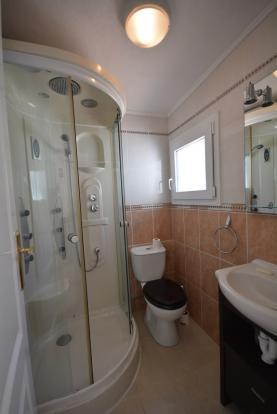 Studio. Bathroom