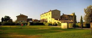 Country House for sale in Tuscany, Siena...