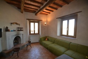 Tuscany Apartment for sale