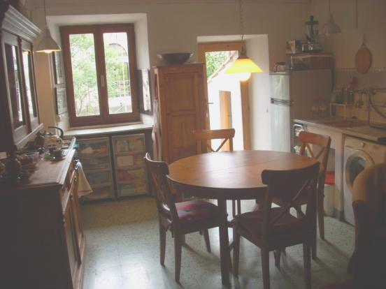 kitchenette-dining