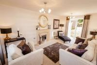 4 bed new house for sale in Hayfield Road...