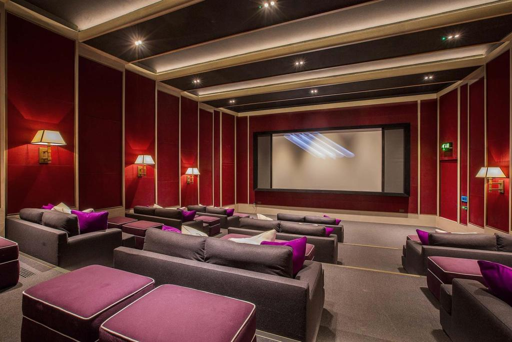 Cinema at Embassy Ga