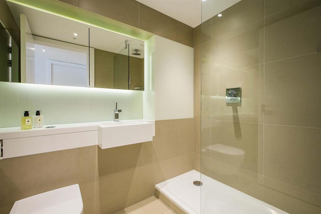 Bathroom 1.jpg.jpg