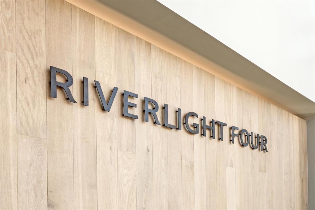 Riverlight 4 (I).jpg