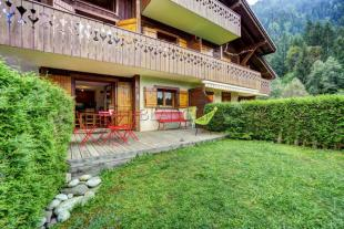 2 bed Apartment for sale in 74310 les-houches