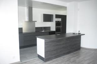 6 bedroom Duplex for sale in Gen�ve, Onex