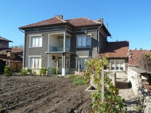 Detached house for sale in Veliko Tarnovo...