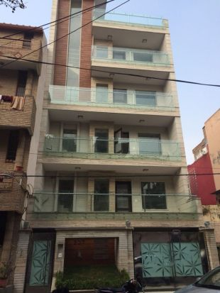 3 bedroom new Apartment in Delhi, New Delhi