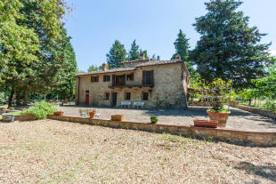 5 bed Farm House in Tavarnelle Val di Pesa...