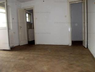 3 bed Apartment for sale in Bucharest Piata Victoriei