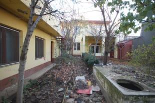 4 bed Villa for sale in Bucharest Bucurestii Noi