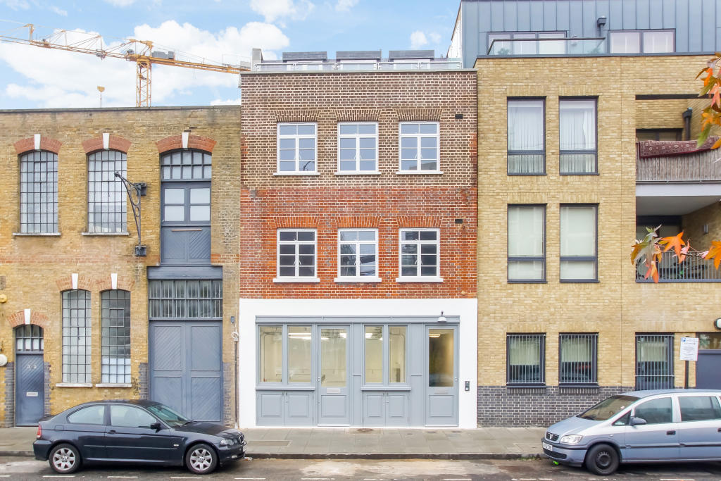property for sale in The Old Ivy Studios, 32 Hertford Road, Haggerston, London, N1