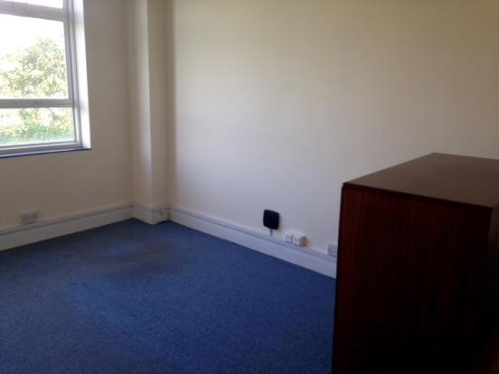 Medium Room II