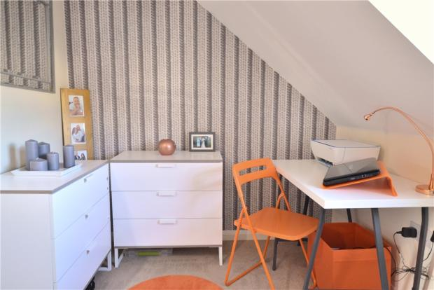 Bedroom 2 study Area