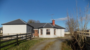 4 bedroom Detached Bungalow for sale in Mayo, Ballinrobe